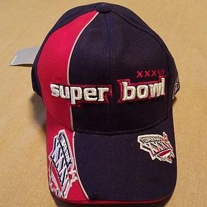 NWT Super Bowl XXXVI (Patriots won) Reebok cap